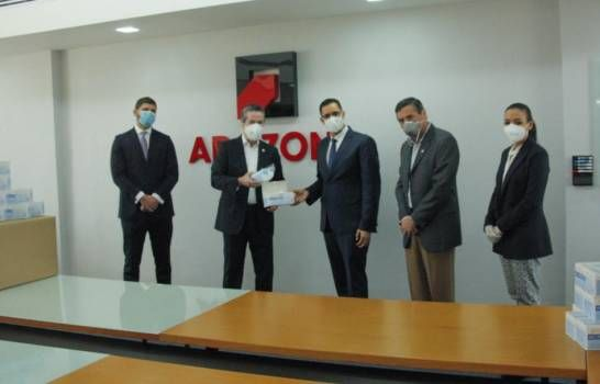 Zonas francas entregan 45 mil mascarillas a la Comisión de Alto Nivel para COVID-19