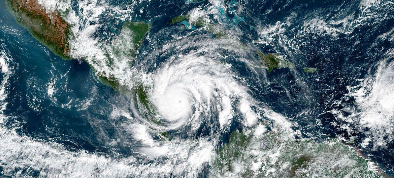 <p>La temporada 2020 de huracanes en el Atl&aacute;ntico: un r&eacute;cord y una tragedia para Centroam&eacute;rica</p>