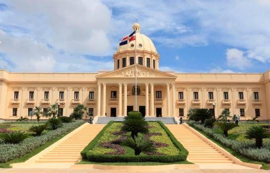 Danilo designa siete gobernadores, un cónsul en Haití y subdirector en IAD