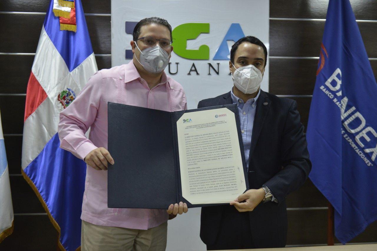 <p><strong>Aduanas y el Bandex acuerdan facilitar comercio y expandir exportaciones</strong></p>