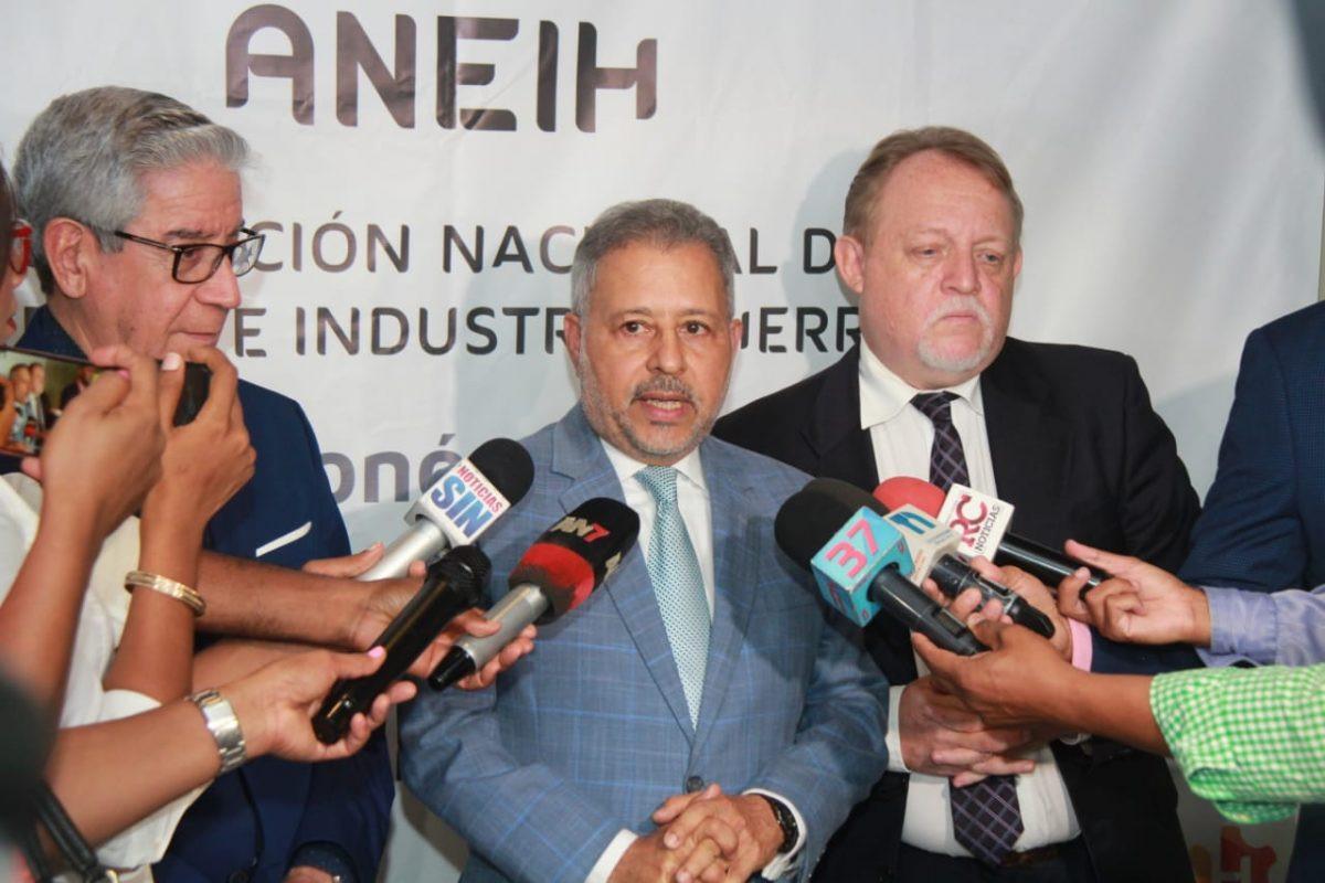Asociación Herrera expone preocupación ante caída en el ritmo de crecimiento de la economía