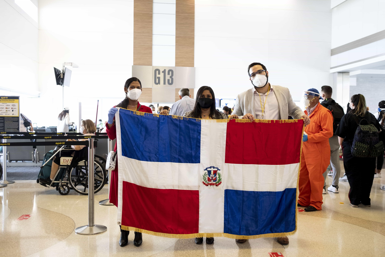 <p><strong>Consulado Dominicano en Miami realiza tercer vuelo de repatriaci&oacute;n</strong></p>